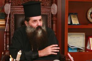 """Ο δυναμικός Ιεράρχης Πειραιώς επιμένει: """"Όφειλα ως ποιμένας να καταδείξω την πνευματική σαπίλα της Μασονίας"""""""