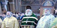 Της Σταυροπροσκυνήσεως σήμερα και ο Αγιος Διονύσιος Αρεοπαγίτης δεν είχε στη θ. Λειτουργία ούτε έναν Επίσκοπο! Κρίμα!