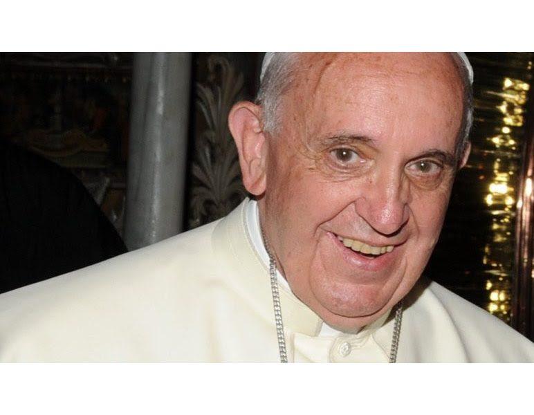 """Μήνυμα Πάπα Φραγκίσκου: """"Στην Λέσβο μαζί με τους Αδελφούς μου θα εκφράσουμε την αλληλεγγύη μας στους Πρόσφυγες και τον φιλόξενο Ελληνικό Λαό"""""""