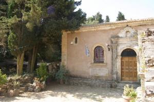 Βανδαλισμοί στο ιστορικό μοναστήρι της Δερματούσας στη Ζάκυνθο