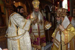 Κορίνθου και Αδριανουπόλεως συλλειτούργησαν στην Ι.Μ. Αναστάσεως Χριστού στο Λουτράκι