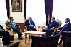 Συνάντηση ΥΦΥΠΕΞ Ελλάδος  Ιωάννη Αμανατίδη με Αρχιεπίσκοπο Κύπρου