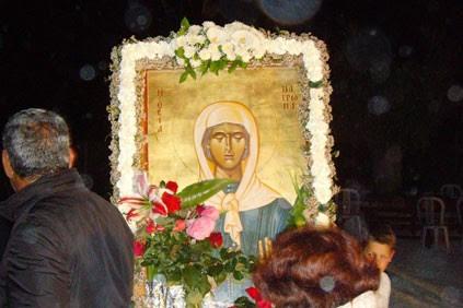 You are currently viewing Kοσμοσυρροή στον Ι.Ν. Αγίας Ματρώνας στην Τοξεύτρα