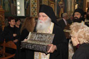 Το Τίμιο Ξύλο και πλήθος Ι. Λείψανων υποδέχθηκε ο Βύρωνας