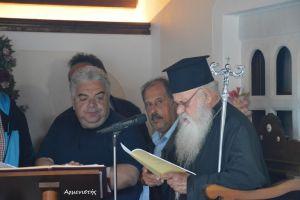 Εσπερινός για τον  Άγιο Ιωάννη το Ρώσο, στο Εμπορείο Σαντορίνης