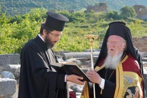 Η προσευχή και το δάκρυ του Πατριάρχη στα ερείπια της Βασιλικής της Θεοτόκου στην Έφεσο