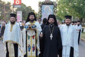 Λαμπρός ο εορτασμός  της  Αγίας Τριάδος Νέας Κηφισιάς