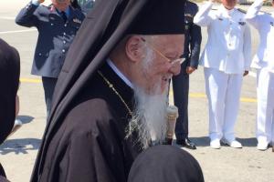 Αναχώρηση  του Οικουμενικού Πατριάρχη από τα Χανιά, μετά το τέλος της ιστορικής Μεγάλης  Συνόδου