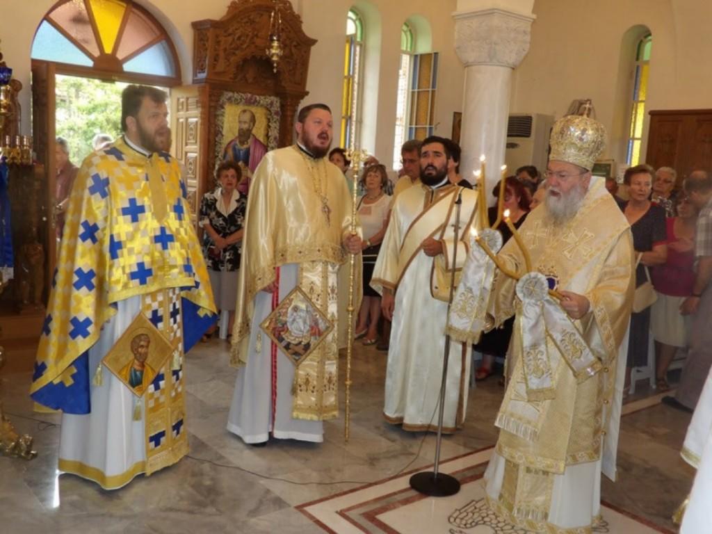 Θ. Λειτουργία στον Ι.Ν. Απ. Παύλου στην αρχαία Κόρινθο από τον Σεβ. Κορίνθου Διονύσιο