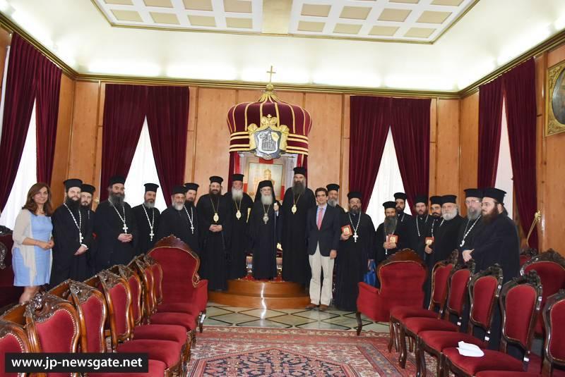 Οι Μητροπολίτες Κοζάνης, Ελασσώνος και Τρίκκης ενημερώθηκαν για την αποκατάσταση του Κουβουκλίου του Παναγίου Τάφου