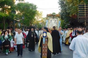 Οι Άγιοι Ανάργυροι Αττικής πανηγύρισαν τους προστάτες τους