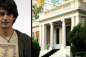 Θερμό επεισόδιο με τον Πρωθυπουργικό Σύμβουλο Νίκο Καρανίκα, στη Θεσσαλονίκη, όταν έδειξε ασέβεια προς έναν κληρικό! Ακόμη τρέχει…