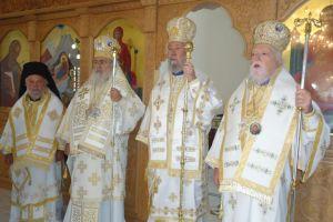 Ο Αρχιεπίσκοπος Κύπρου την Κυριακη μετά την Ύψωση στην γενέτειρά του Τάλλα.