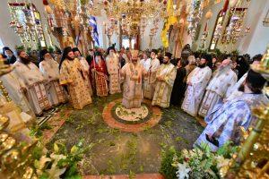 Αρχιερατική Θεία Λειτουργία,  εις την Ιερά Μονή της Παναγίας της Θεοσκεπάστου Σοχού.