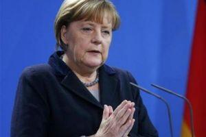 Αυτοσυγκράτηση για την μπούρκα ζήτησε η Μέρκελ – Τι είπε για τις θρησκευτικές ελευθερίες