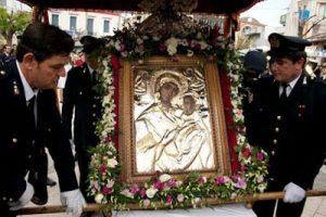 Αγρυπνία στην Παναγία την Τρυπητή για τη Σωτηρία της Ελλάδας