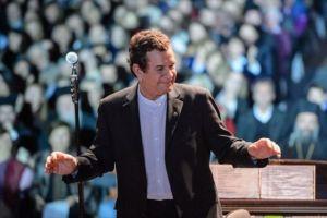 «Μια προσευχή για την Ελλάδα» από τον Σταμάτη Σπανουδάκη