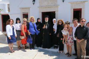 Αρχιερατική Θεία Λειτουργία στην Ιερά Μονή Παλαιοκάστρου Μυκόνου