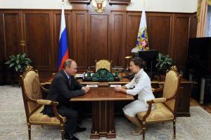 O Πούτιν διόρισε Πρεσβυτέρα σε πανίσχυρη θέση επιτρόπου