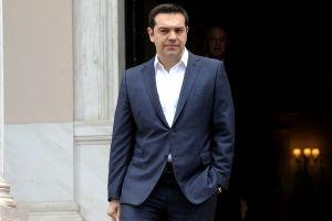 Τσίπρας: Δεν καταργούμε το σταυρό από τη σημαία