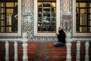 Η Τουρκία  χτίζει τζαμιά –σχεδόν 9.000 σε μια δεκαετία!