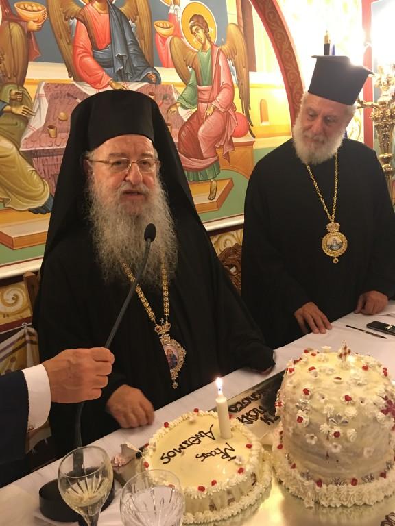 Και μία ξεχωριστή στιγμή στα πλαίσια του εορτασμού Αγίου Δημητρίου: τα γενέθλια του Γέροντα Θεσσαλονίκης Ανθίμου.