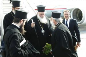 Και στη Μύκονο ο Αρχιεπίσκοπος… •• Γιατην εορτή του Αγίου Αρτεμίου