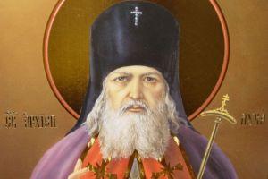 Ιερό λείψανο του Αγίου Λουκά Κριμαίας στον Άγιο Γεώργιο Νικαίας
