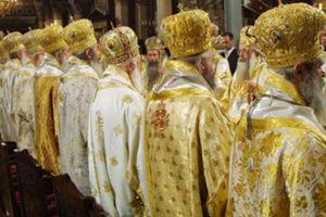 """Ο Αρχιεπίσκοπος και η Ιεραρχία, """"έκλεισαν"""" προς το παρόν, το θέμα της εκλογής βοηθών Επισκόπων!"""