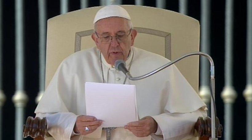 Πάπας Φραγκίσκος: Ικετεύω να υπάρξει άμεση κατάπαυση πυρός στη Συρία