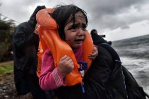 Η Μητρόπολη Χίου μπλοκάρει το νέο κέντρο υποδοχής μεταναστών και προσφύγων!