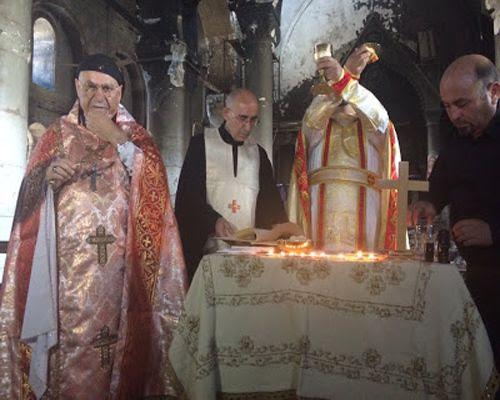 You are currently viewing Χριστιανοί στο Ιράκ: Πρώτη Λειτουργία μετά την απελευθέρωση από το ISIS