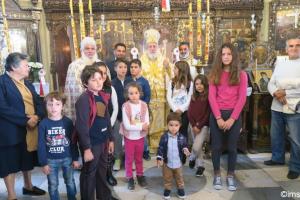 Ο Μητροπολίτης Σύρου από την γραφική Σίκινο: Η θεολογική διάσταση των θαυμάτων του Κυρίου αφορά στην ψυχοσωματικη ενότητα του ανθρώπου