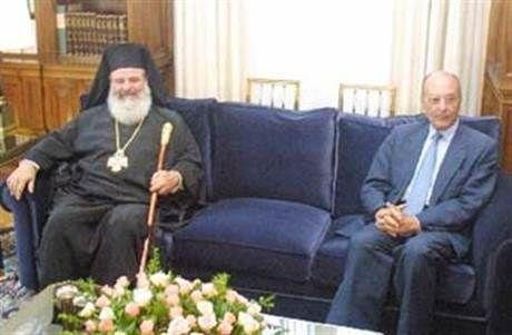 """Όταν ο Στεφανόπουλος είπε """"ΟΧΙ"""" στον Χριστόδουλο για τις ταυτότητες και …έβαλε πλάτη στο Σημίτη"""