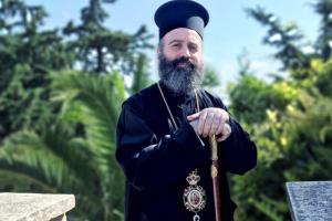Χριστουπόλεως Μακάριος: Αιωνία σου η μνήμη αδελφέ Ιερώνυμε. Με σεβασμό ασπαζόμαστε τη δεξιά σου