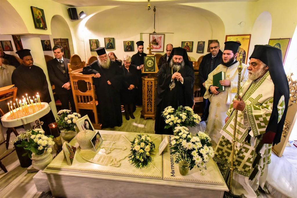 Αρχιερατική Θεία Λειτουργίακαι το Ιερό Μνημόσυνο του μακαριστού Μητροπολίτου Λαγκαδά κυρού Σπυρίδωνος