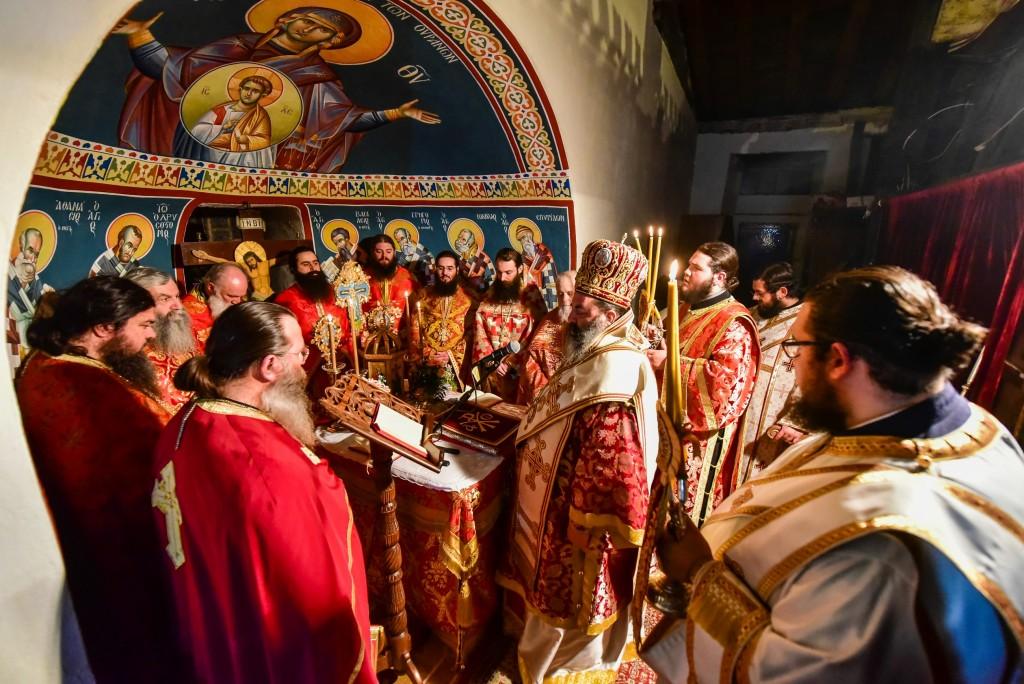 Ιερά Αγρυπνία επί τη επετείω της ενθυμήσεως του γεγονότος, της κατά θαυμαστού τρόπου ανευρέσεως και ανακομιδής των Χαριτοβρύτων και Σεπτών Ιερών Λειψάνων της Αγίας Νεοπαρθενομάρτυρος Ακυλίνης – Αγγελίνης της εκ Ζαγκλιβερίου καταγομένης