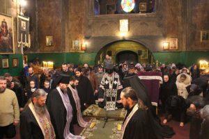 Η ανάγνωση του Μεγάλου Κανόνος στην Ι.Μονή Αγ.Νικολάου Ρουθηνίας, στην Ουκρανία.