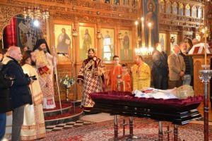 Θεία Λειτουργία ενώπιον του ιερού σκηνώματος του μακαριστού Μητροπολίτη Σταγών και Μετεώρων Σεραφείμ