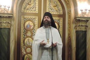 """π. Ανδρέας Κονάνος στον Ιερό Ναό Ευαγγελιστρίας Πειραιά: """"Άλλαξε η ζωή μου, αυτό θα πει Ορθοδοξία"""""""