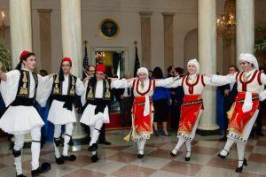 Ο Λευκός Οίκος άνοιξε τις πόρτες του στους Έλληνες: Μεγάλη τιμή για την Ομογένεια