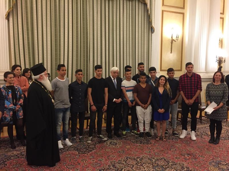 Επίσκεψη του Μητροπολίτη Δημητριάδος Ιγνατίου και νέων ΡΟΜΑ στον ΠτΔ κ. Π.Παυλόπουλου