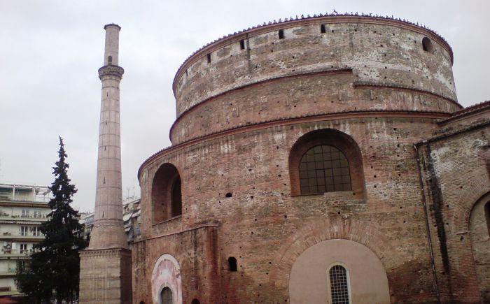 You are currently viewing Η Ι. Μητρόπολη Θεσσαλονίκης αποστομώνει τους ανιστόρητους και άσχετους με την Ορθόδοξη Παράδοσή μας επικριτές της