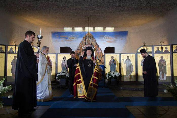 Πατριαρχική Θεία Λειτουργία στο Σαμπεζύ
