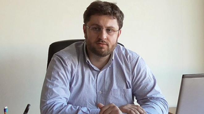 Ζαχαριάδης: «Συζήτηση για επικοινωνιακή κατανάλωση το Άγιο Φως»