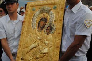 Η Παναγία Βηματάρισσα από τη Μονή Βατοπαιδίου στη Μητρόπολη Λεμεσού