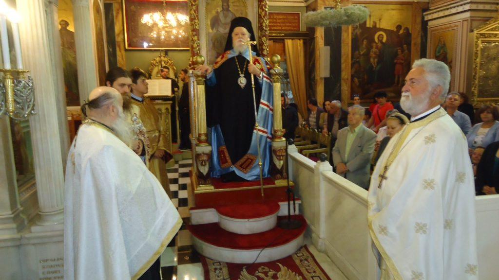 Ο Κορωνείας στον Μεθέορτο Εσπερινό του Ι. Ναού Αγ. Κωνσταντίνου Πειραιώς