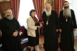 Η Αρχιεπισκοπή τίμησε την επικεφαλής της ομάδας συντήρησης του Ιερού Κουβουκλίου του Παναγίου Τάφου