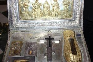 Ι. Λείψανο Αγίας Μαρίας Μαγδαληνής από την Μονή Σίμωνος Πέτρας στο Βύρωνα