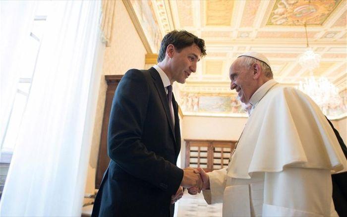 Με τον Καναδό πρωθυπουργό συναντήθηκε ο Πάπας